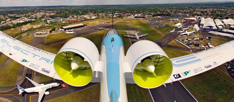 Essai d'une voilure en composite à fibres de carbone pour un avion électrique